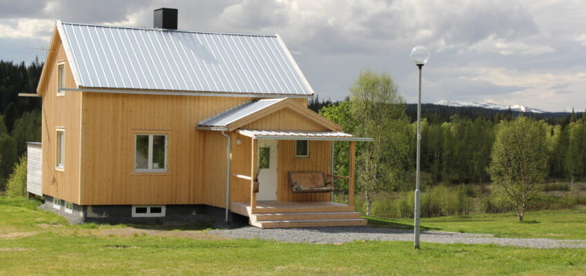 IN ENGLISH – The mountain cabin for sale!